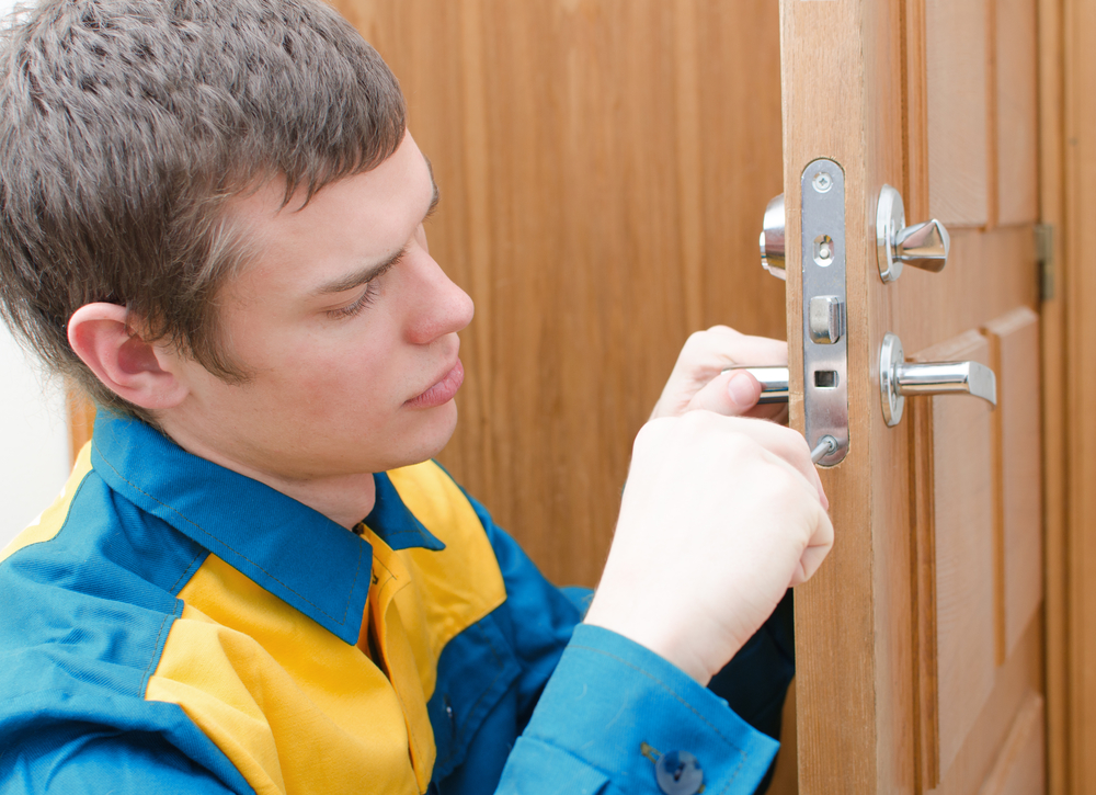 How to Protect Your Family From Burglary | Home Locksmith Services